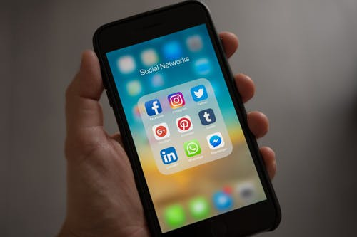 The benefits to know about working with a social media agency